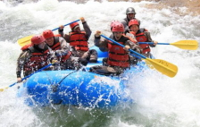 Whitewater Rafting in Niseko